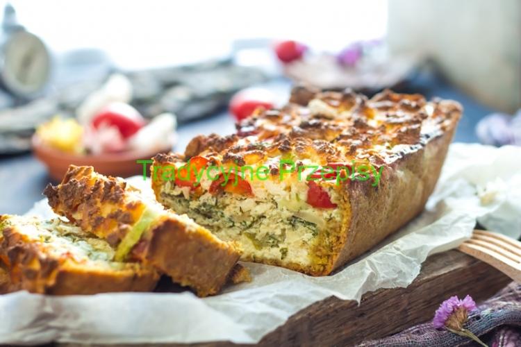 kulebiak-z-ciasta-drozdzowego-z-grzybami
